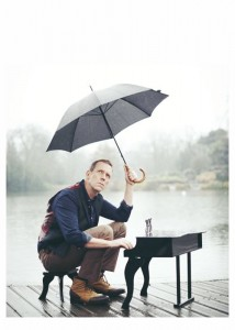 hugh laurie with schoenhut.jpg 2